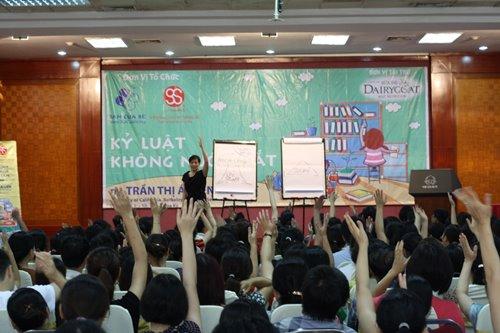 "tro chuyen cung nguoi dua ""ky luat khong nuoc mat"" den 45.000 bo me viet - 2"