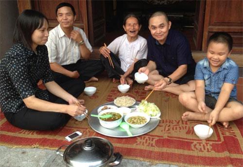 thuy tien hanh phuc truoc su lang man cua cong vinh - 7