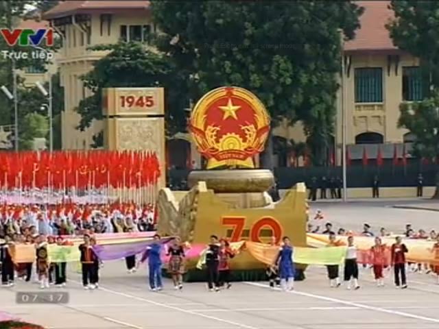 hung trang le mit tinh, dieu binh, dieu hanh mung quoc khanh - 7