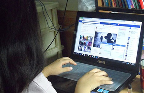 'em thay dung facebook co loi cho hoc tap' - 1
