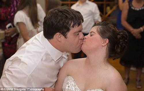 Lá thư cha viết cho con gái bị down trong ngày cưới-10