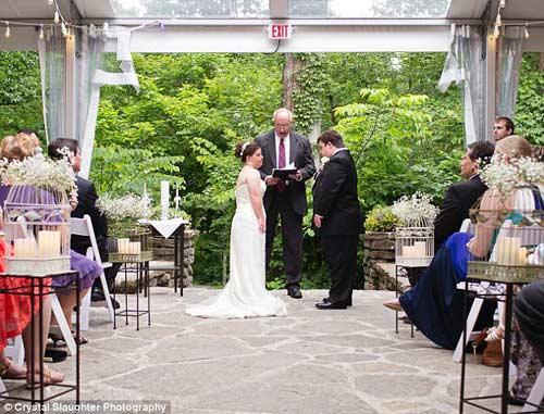 Lá thư cha viết cho con gái bị down trong ngày cưới-4
