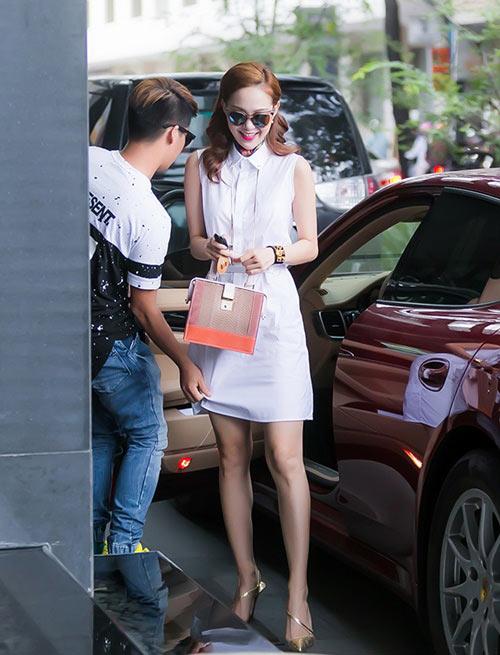 "can canh nhung cong viec ""khong ten"" cua cac stylist - 6"
