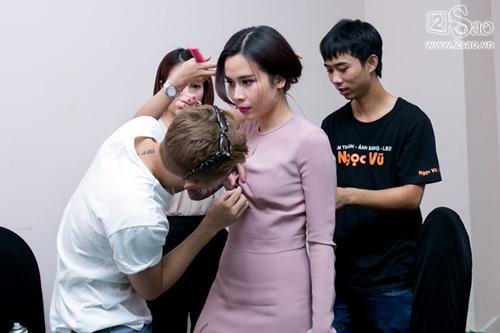 "can canh nhung cong viec ""khong ten"" cua cac stylist - 2"