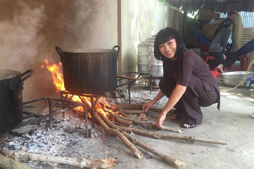 Chồng Đoan Trang chăm sóc con gái chu đáo-13
