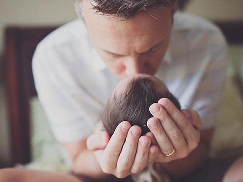 Xúc động cha mẹ đón con ung thư chào đời mà không cứu được-6