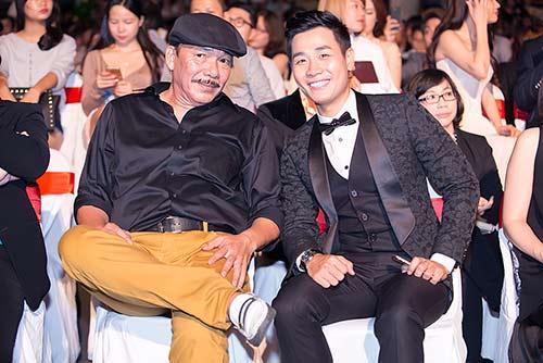 """nam chinh cua """"tuoi thanh xuan"""" khen mc nguyen khang dep trai - 9"""