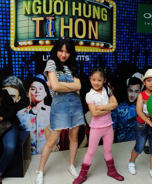 Hòa Minzy xuất hiện mới mẻ với mái tóc dài - 5