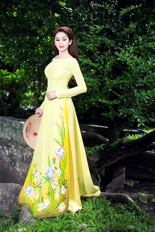 Lâm Chi Khanh mặc áo dài tha thướt như thiếu nữ - 2