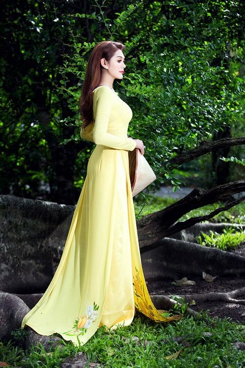 Lâm Chi Khanh mặc áo dài tha thướt như thiếu nữ - 3