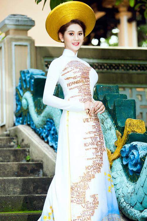 Lâm Chi Khanh mặc áo dài tha thướt như thiếu nữ - 11