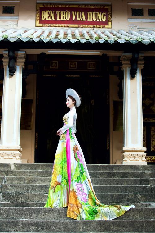 Lâm Chi Khanh mặc áo dài tha thướt như thiếu nữ - 13