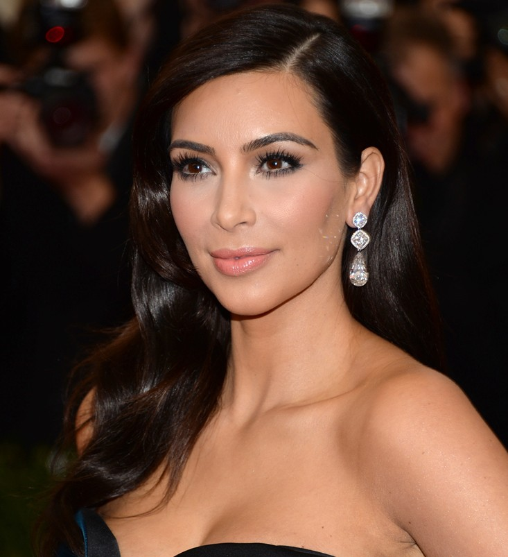 Chàng trai chi 1,7 tỷ đồng phẫu thuật giống Kim Kardashian-1