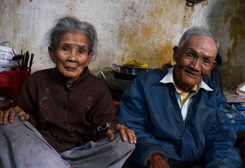 Đôi vợ chồng chung sống 65 năm không đám cưới vì nghèo-2