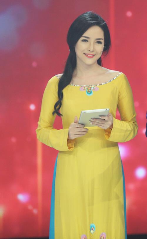 "hot girl tham my: ""sau chinh sua, cang phai cham soc ve dep"" - 13"