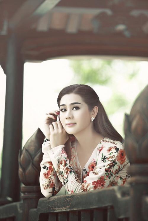 """lam chi khanh """"mo"""" lot top 10 hoa hau o tuoi 35 - 3"""