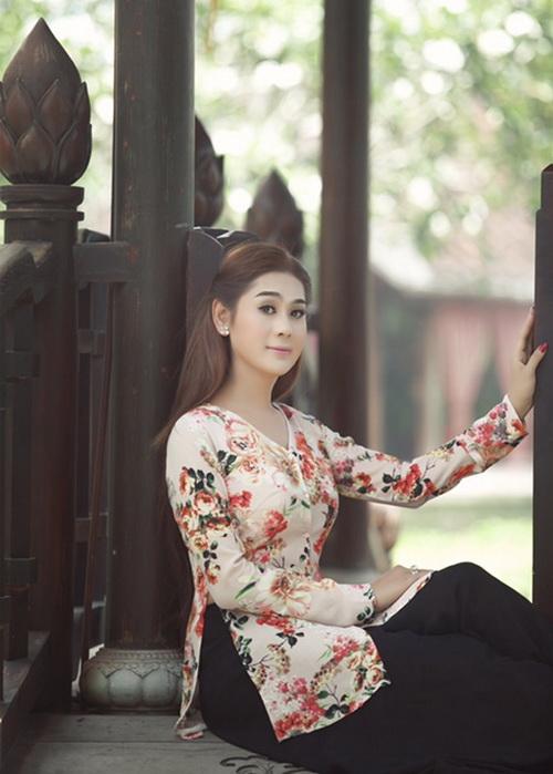 """lam chi khanh """"mo"""" lot top 10 hoa hau o tuoi 35 - 4"""