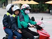 Tin nóng trong ngày - Người Hà Nội mặc thêm áo trong tiết trời se lạnh