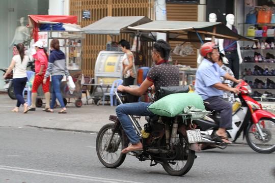 """nhung """"sieu xe ca tang"""" gay nao loan sai gon - 2"""