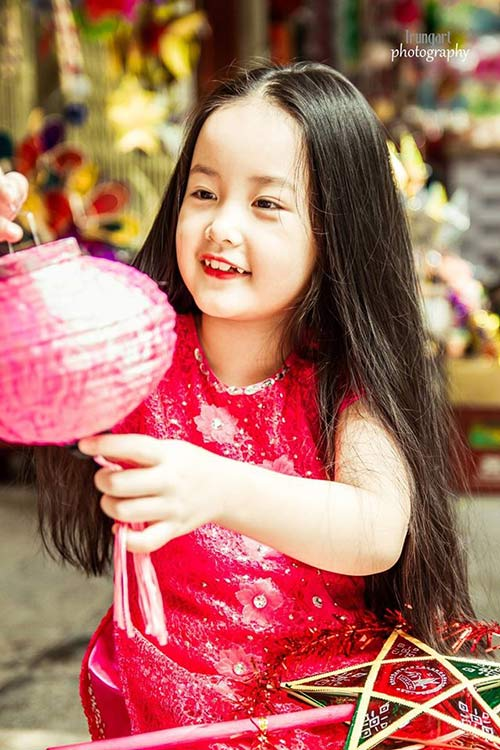 be lop 2 moi tham, toc may xuong pho don trung thu - 8