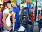Tin hot - Giá xăng dầu lại có cớ để khó giảm?