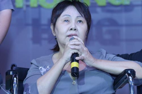 minh beo khoc nuc no canh dien vien hoang lan - 4