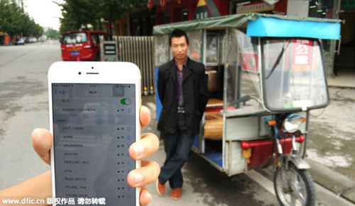 tq: di 'xe om' duoc su dung wifi va ipad mien phi - 1