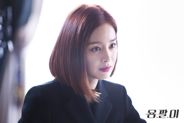 kim tae hee: tu cong chua ngu say thanh quy co lanh lung - 6