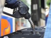 Mua sắm - Giá cả - Xăng tăng giá hơn 600 đồng/lít từ 15h chiều nay