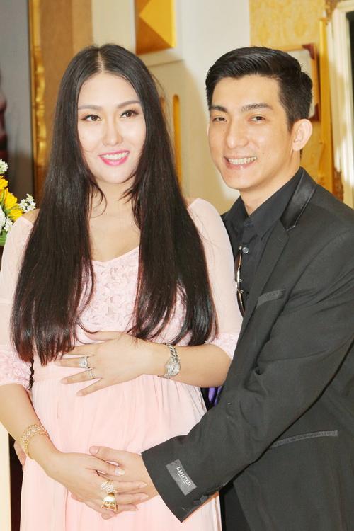 "vo chong phi thanh van hanh phuc sau nghi an ""bau gia"" - 4"