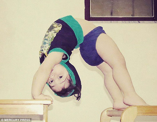 choang: be trai 24 thang tap gym sieu hon nguoi lon - 3