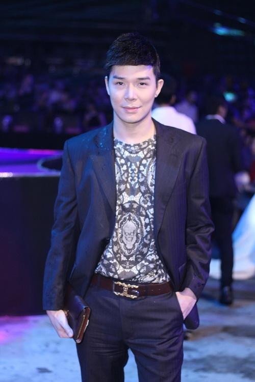 "hh diem huong, mc quynh chi ""kin cong"" van dep - 12"