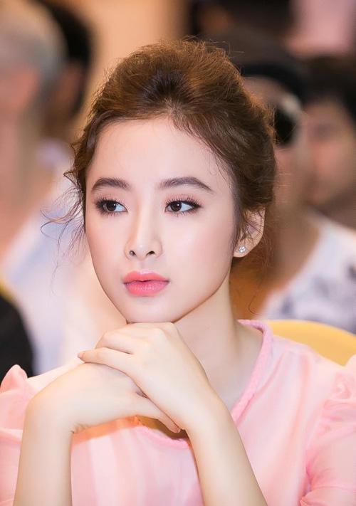 20 khoanh khac khong the khong yeu cua angela phuong trinh - 5