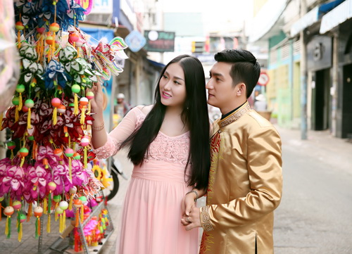 ba bau phi thanh van dao pho long den cung chong - 3