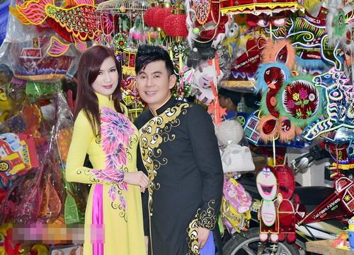 ba bau phi thanh van dao pho long den cung chong - 13