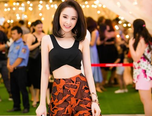 angela phuong trinh khoe eo thon tai su kien - 2