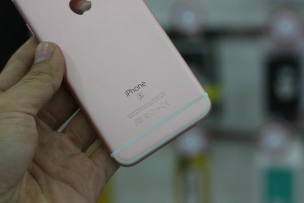 can canh iphone 6s mau vang hong dau tien ve viet nam - 6