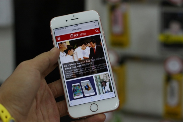 can canh iphone 6s mau vang hong dau tien ve viet nam - 1