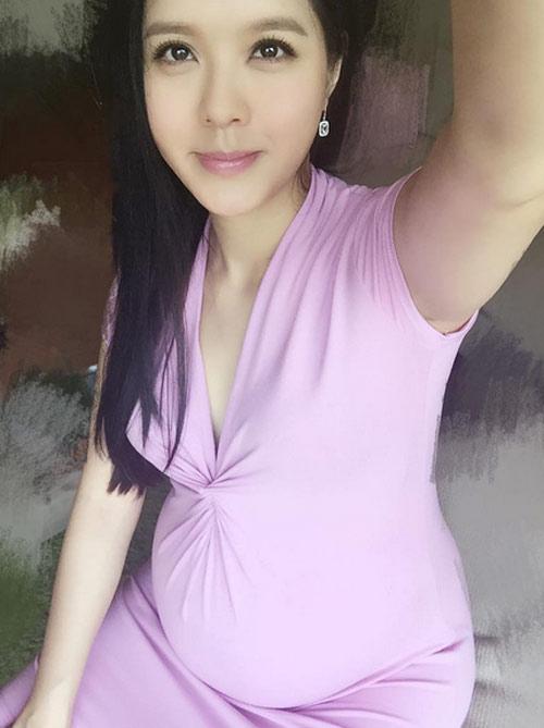 'my nhan mat lech' hong kong mang bau van dep kho cuong - 7