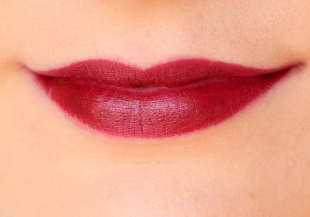 danh gia thoi son voi do ben mau 12 tieng nyx matte lipstick - 14