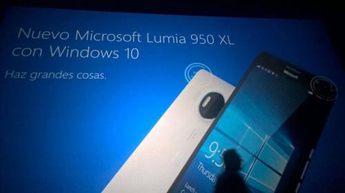 slide ro ri tiet lo cau hinh hai smartphone windows cao cap - 3