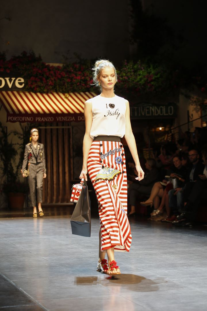 tinh yeu nuoc y nong chay trong bst dolce & gabbana - 11
