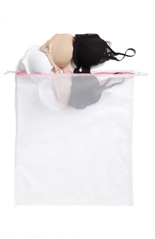5 tuyệt chiêu giặt áo lót bằng máy giặt tránh hư hại-4