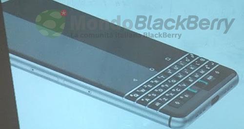 cau hinh chi tiet bo ba smartphone blackberry sap ra mat - 2
