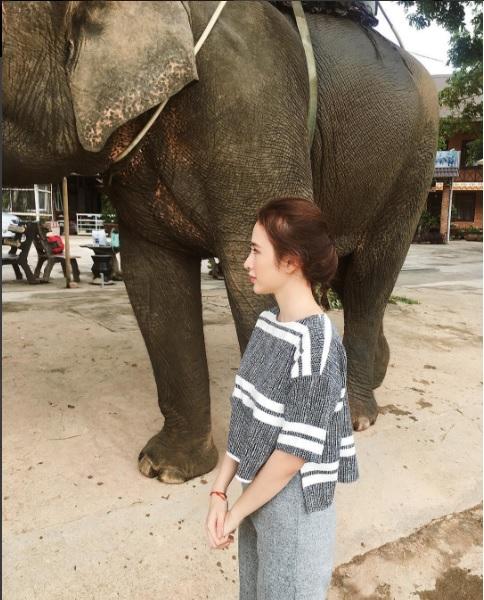 Chán quyến rũ Angela Phương Trinh lại về với style gái ngoan-6