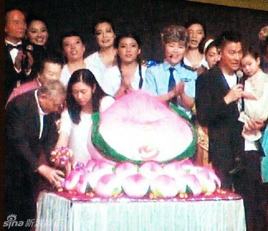 """day moi chinh la nhung ong chong """"soai ca"""" cua lang giai tri cbiz - 9"""