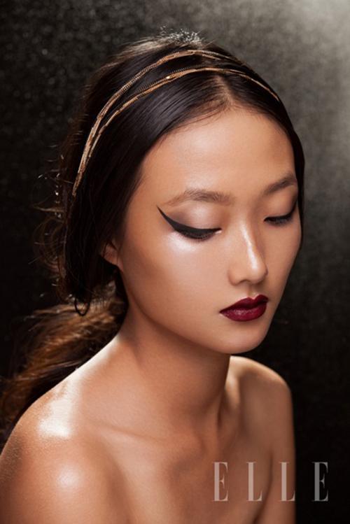 Em gái Trang Khiếu làm người mẫu không thua kém chị-2