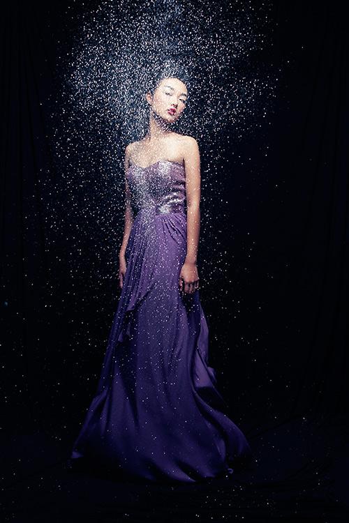 Em gái Trang Khiếu làm người mẫu không thua kém chị-6