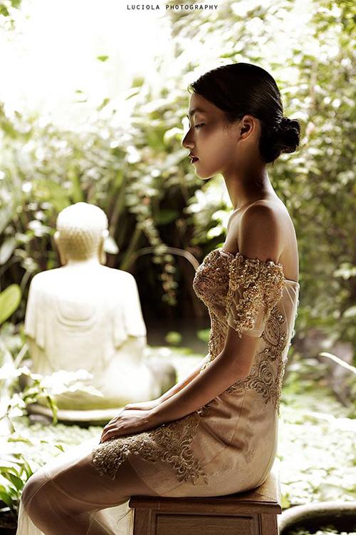 Em gái Trang Khiếu làm người mẫu không thua kém chị-4