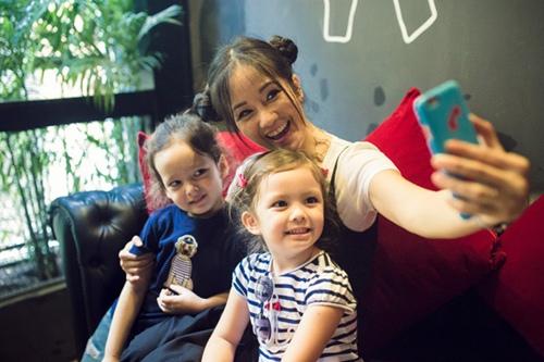 """Diva Hồng Nhung cột tóc """"Na Tra"""", đưa Tôm - Tép đi chơi đầu tuần-3"""